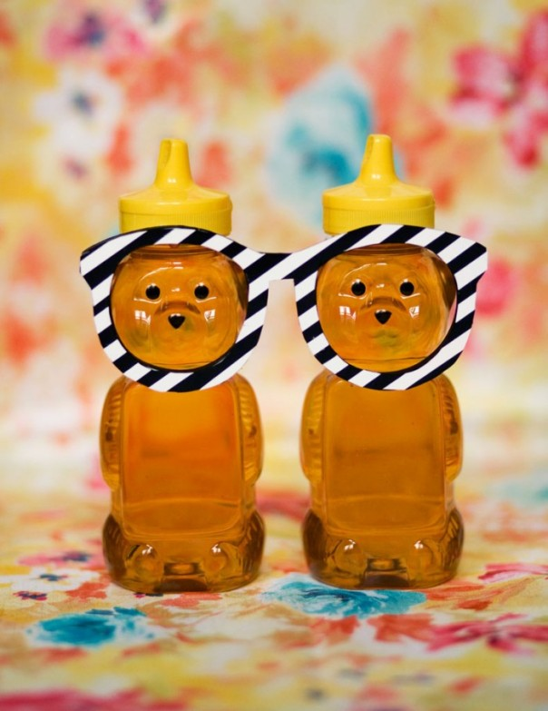ideas-illustrated-HoneyBears-copy-web-700x908