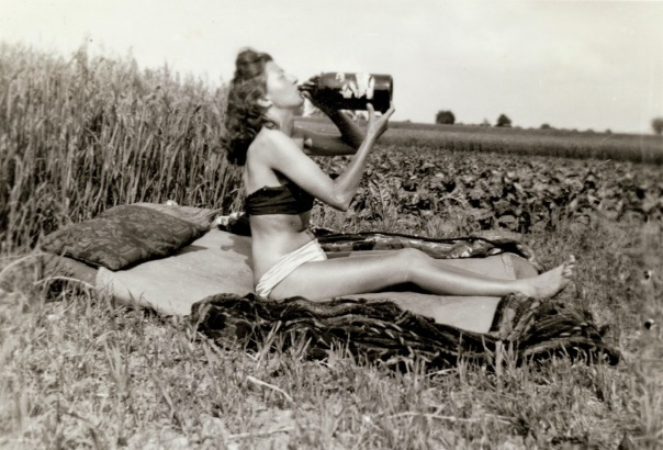 Snapshots_of_Dangerous_Women_2_